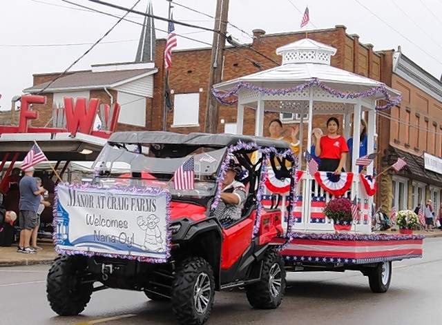 The Manor at Craig Farms float at the 39th Annual Popeye Picnic parade.