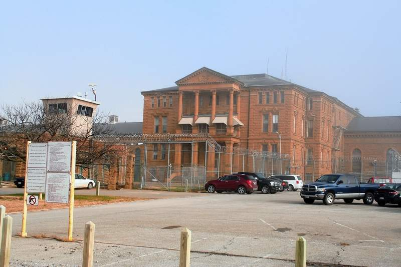 Fourth inmate dies at Menard prison Coroner does not believe