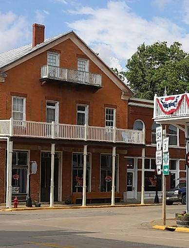 The building in Red Bud that housed the Durfee and Crozier store.