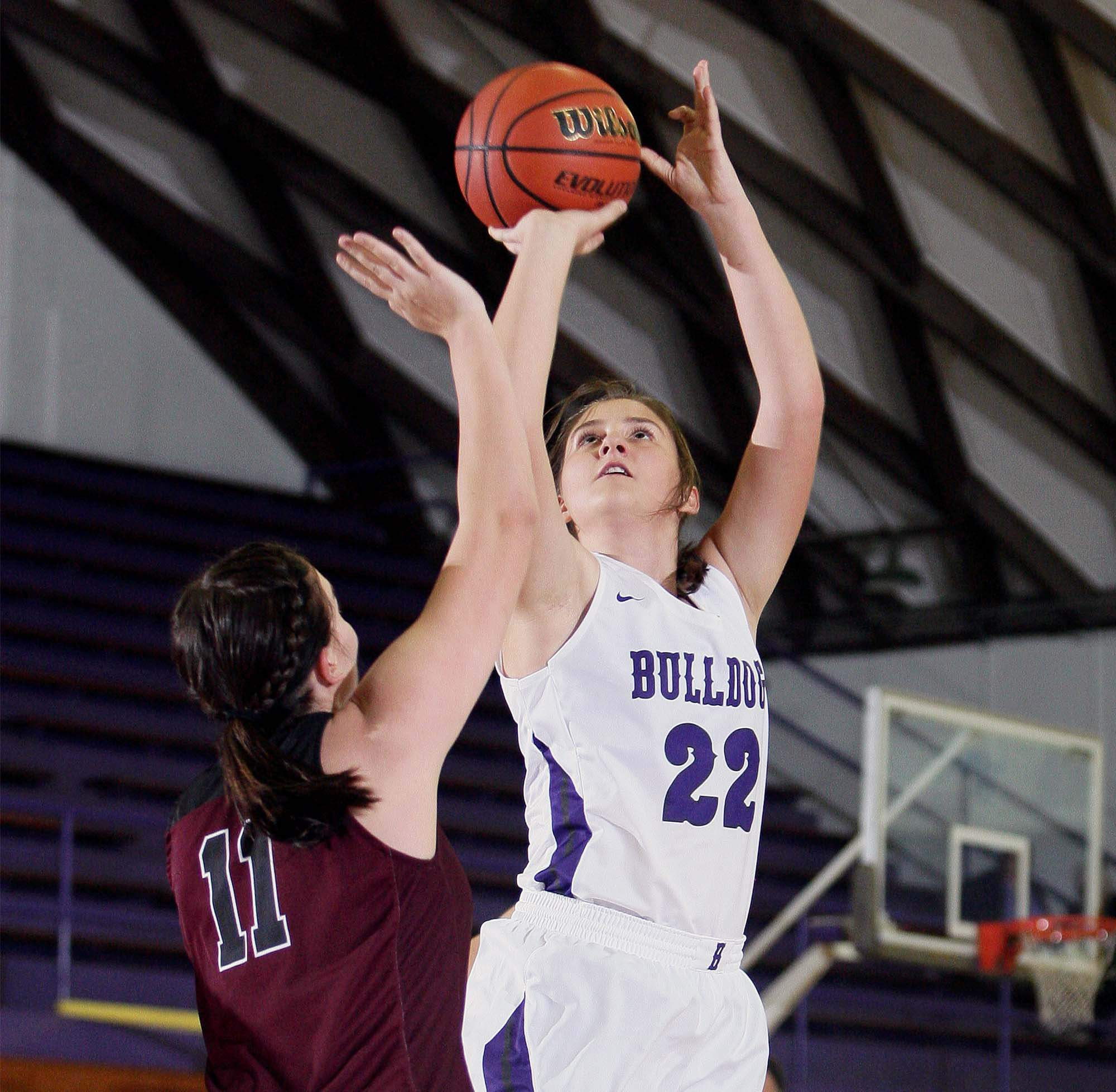 Outgoing senior guard Karsyn Davis was one of a handful of girls basketball players that was named to the latest Illinois Associated Press Class 1A/2A All-State Basketball Team.