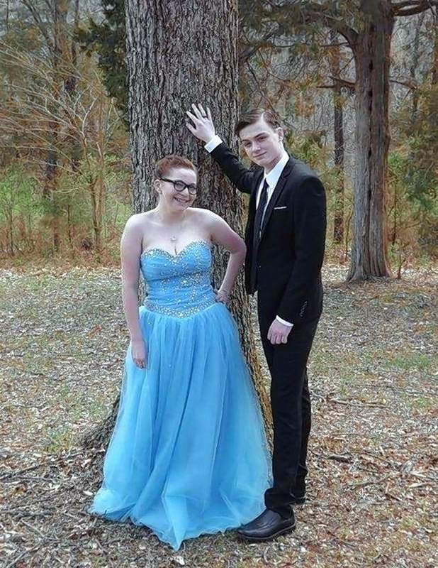 Brandon and Makayla on prom night.