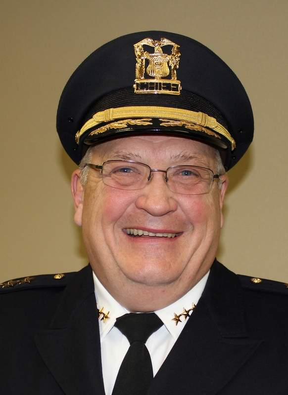 Des Plaines Police Chief William Kushner will become the director of public safety upon the retirement of Fire Chief Alan Wax in October. Kushner will temporarily oversee operations of the fire and police department during the search for a full-time fire chief.