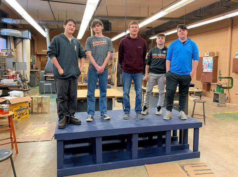 The Agriculture Construction students from Section 1 stand with the completed and painted platform. From left are Kaden Guethle, Brandon Schwier, Michael Wingerter, Ethan Rayburn, and Nick Hamilton.
