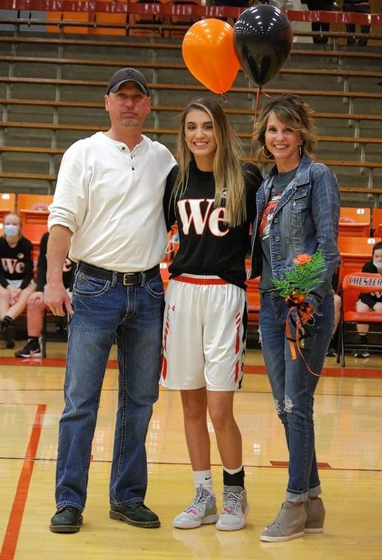 Reese Chandler, and parents Jimmy Chandler and Heather Nitzsche.