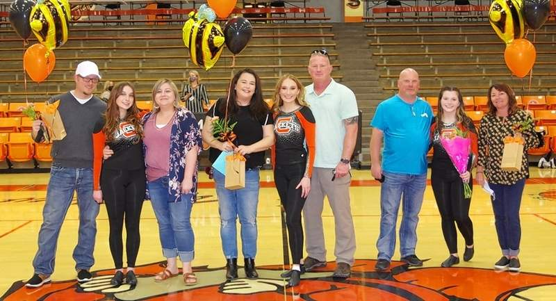 From left, Alison Venus, with Henry and Cassie Venus; Taylor Cartwright with Shellie Cartwright and Kevin Cartwright; and Juliette Abernathy with Bob and Barb Misuraca.