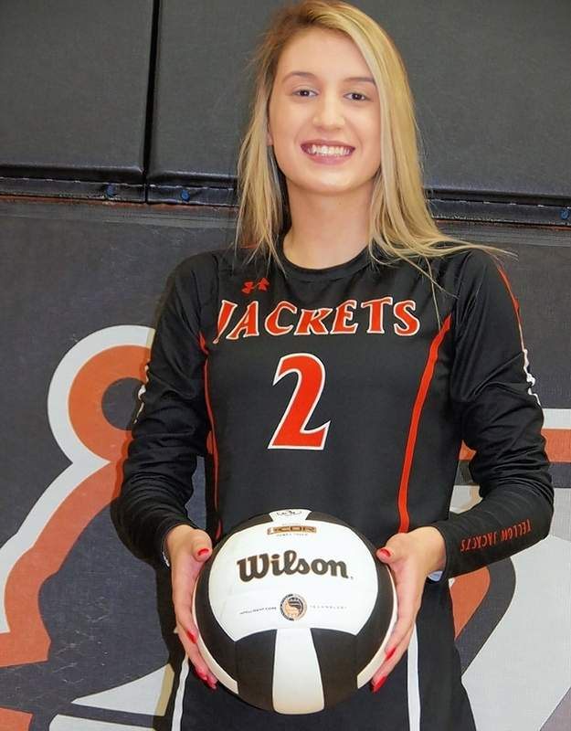 Reese Chandler recorded six kills and nine digs against Sparta and she led the team against Zeigler-Royalton with seven kills.