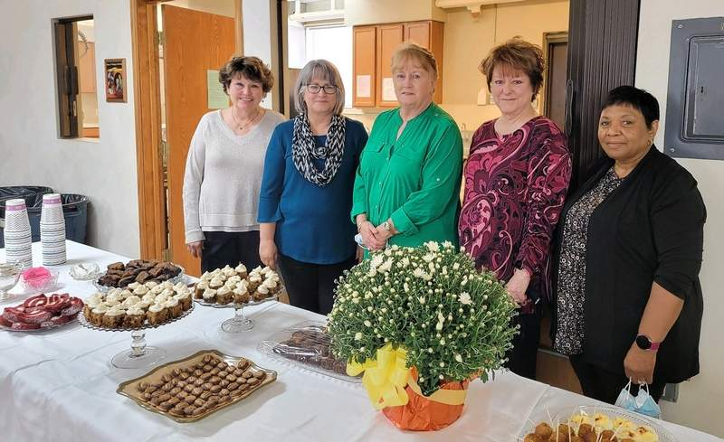 The hostess committee for the Chester Women's Club's officer's tea, from left, are Cathy Sauer, Jane Stallman, Christine Bowles, Nikki Aubuchon and Joyce McGee.